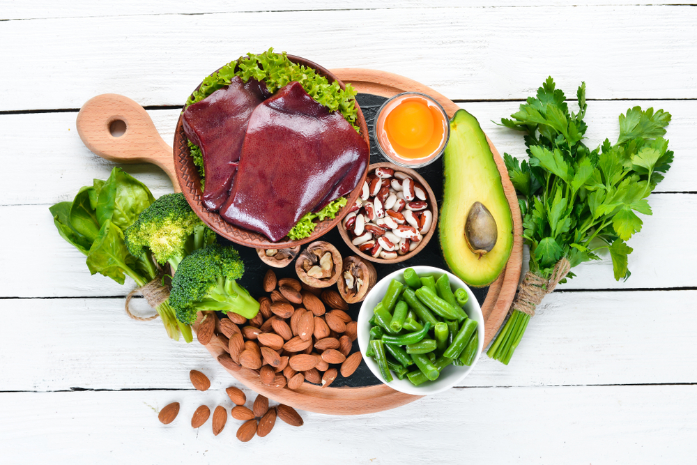 Food,Containing,Natural,Iron.,Fe:,Liver,,Avocado,,Broccoli,,Spinach,,Parsley,