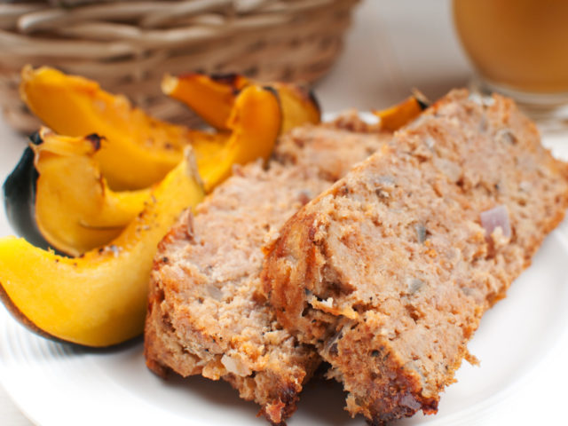 Meat,Loaf,And,Vegetables,Close-up,Horizontal